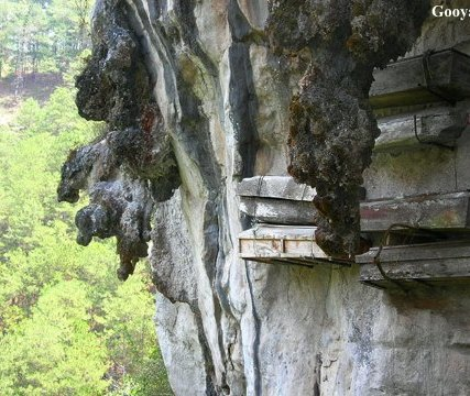 hanging_coffins_sagada_3